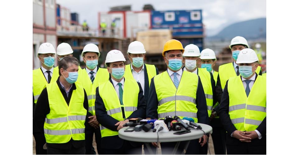 Conférence de presse du Premier ministre Ludovic Orban et du ministre des Transports, Lucian Bode,(...)