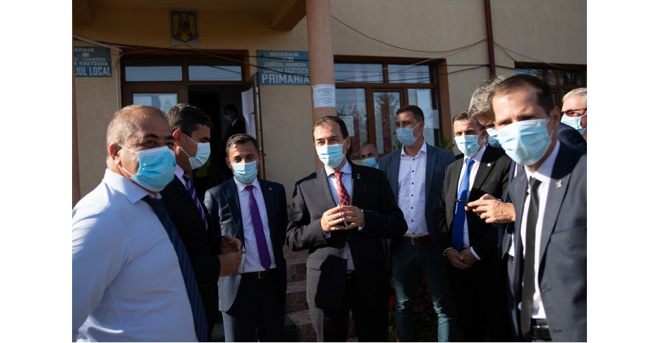 Le Premier ministre Ludovic Orban a visité l'objectif d'investissement du PNDL, réhabilitation de(...)