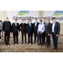 Visite du Premier ministre Ludovic Orban sur le chantier de construction de l'Autoroute Comarnic -(...)