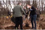 Le Premier Ministre Florin Cîțu a participé, avec le Président de la Roumanie, Klaus Iohannis, et plusieurs membres du Gouvernement, à la campagne de reboisement des terres sablonneuses et dégradées du sud de la Roumanie