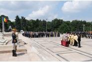 Participarea premierului Viorica Dăncilă la ceremonia depunerii de coroane la Mormântul Ostașului Necunoscut