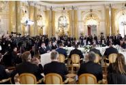Întrevedere în plenul delegaţiilor