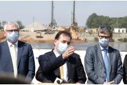 Vizita premierului Ludovic Orban,  ministrului Transporturilor, Lucian Bode, și a ministrului Economiei, Virgil Popescu, la șantierul Drumului Expres Craiova-Pitești
