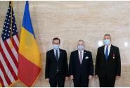 Prim-ministrul interimar Nicolae-Ionel Ciucă a primit Legiunea de Merit (în grad de ofițer) a SUA pentru recunoașterea meritelor din timpul desfășurării activității de șef al Statului Major al Apărării, în perioada 2015-2019